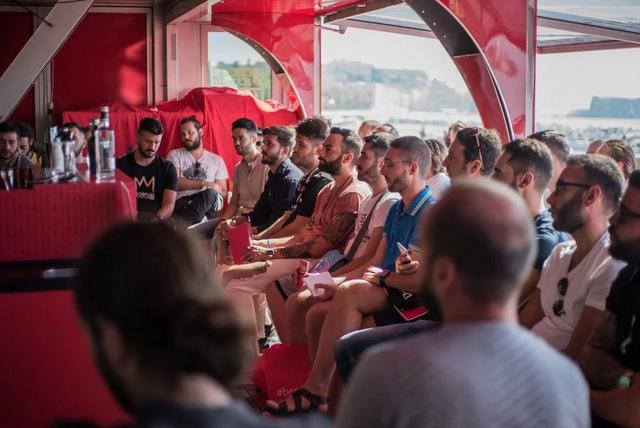 campari-academy-truck-napoli-1