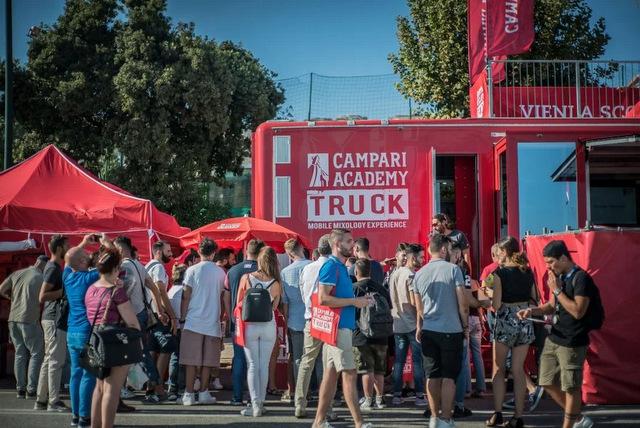 campari-academy-truck-napoli-4