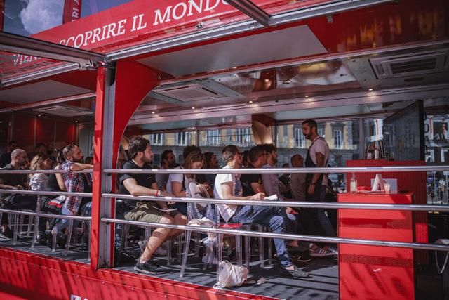 campari-academy-truck-napoli-445327829-32